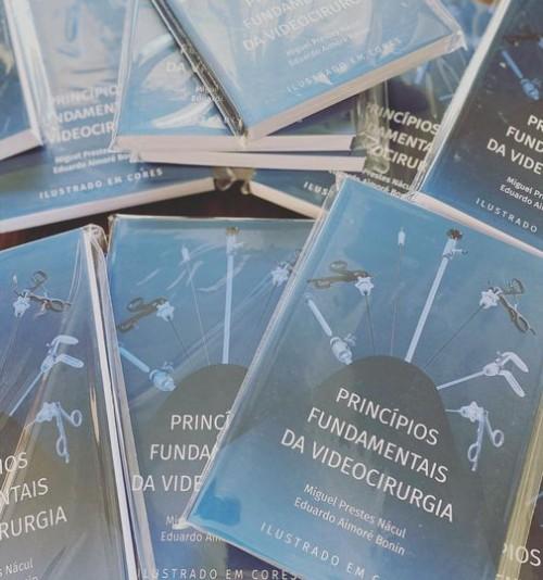 Finalmente, o livro!!!!!!!!